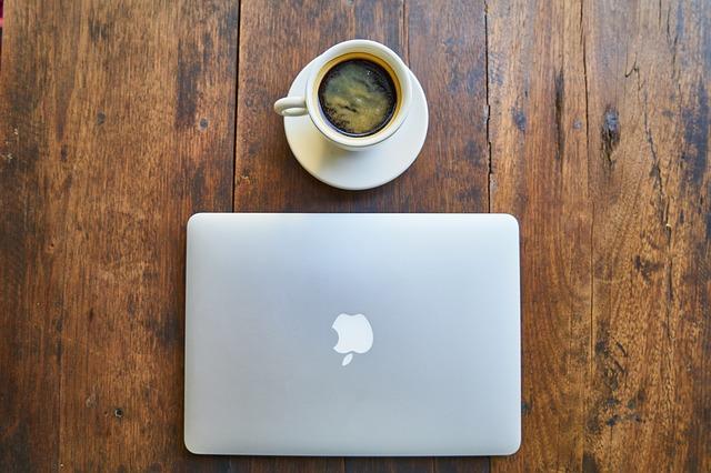 pc apple a káva