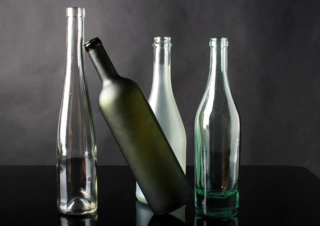 čtyři flašky