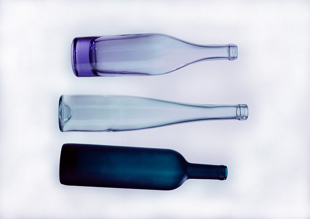 tři láhve